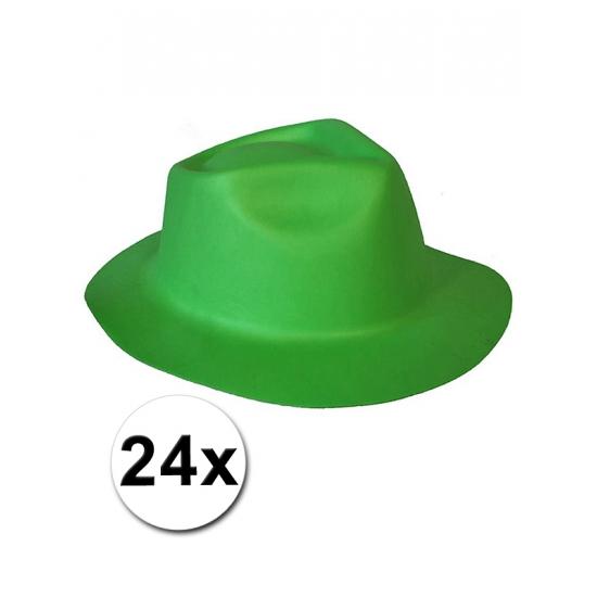 24 Tiroler hoedjes van foam materiaal