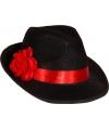 Gangsterhoed met rode bloem